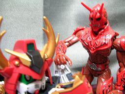 龍神導師仁宇とモモタロス