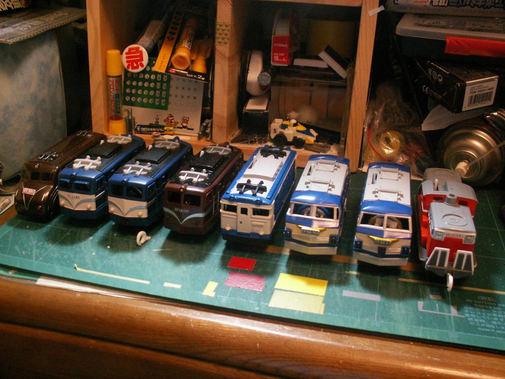 製作機関車集合