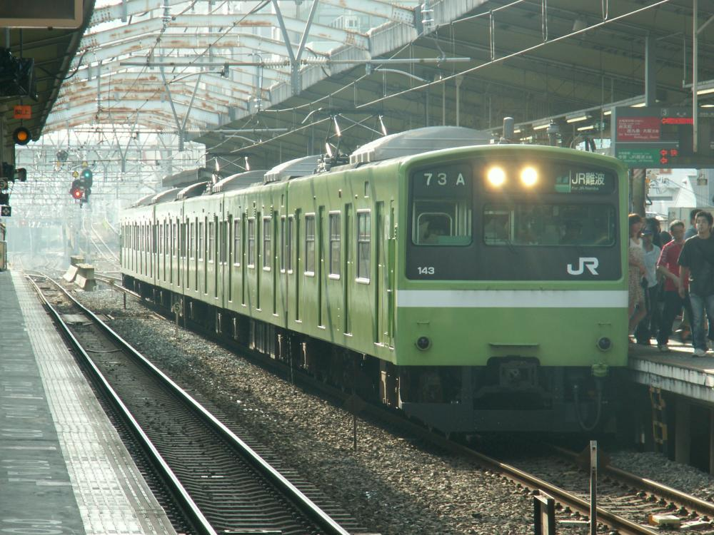 奈良区の201系