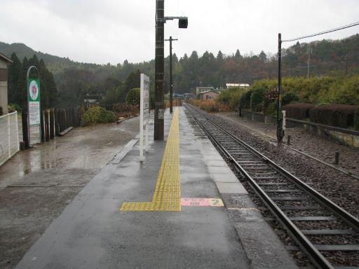 JR久留里線 上総松丘駅 ホーム全景