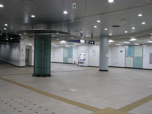 首都圏新都市鉄道つくばエクスプレス 青井駅 改札内