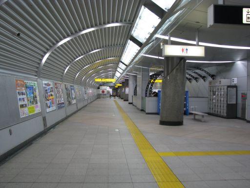 首都圏新都市鉄道つくばエクスプレス つくば駅 改札内通路