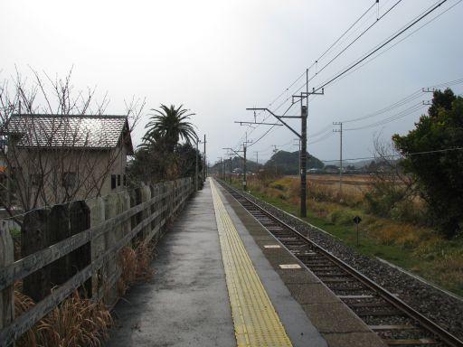 JR内房線 千歳駅 ホーム全景
