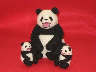 笑っているパンダ