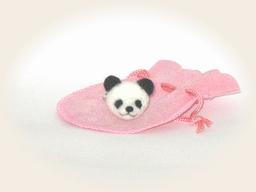 羊毛フェルト☆パンダの顔の指輪
