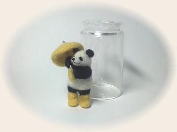 羊毛フェルト☆雨の日パンダ