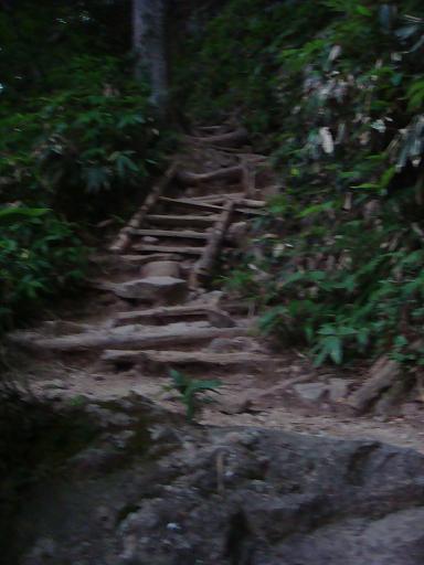 燕岳1009-3