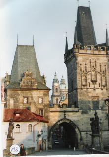マラーストラナ側塔