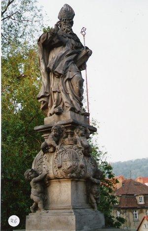 カレル彫像26