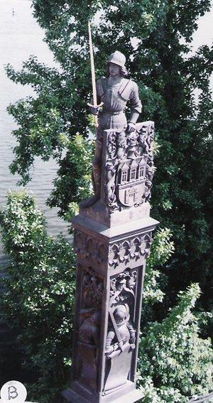 カレル彫像ブルンツウィーク