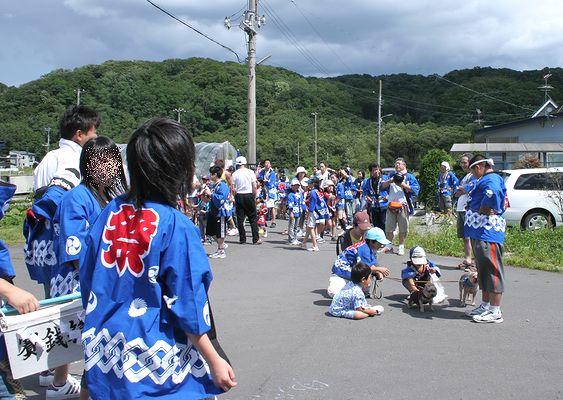 090823-mikosi1.jpg