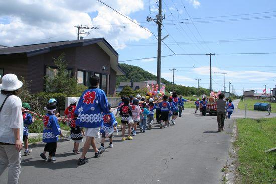 090823-mikosi2.jpg