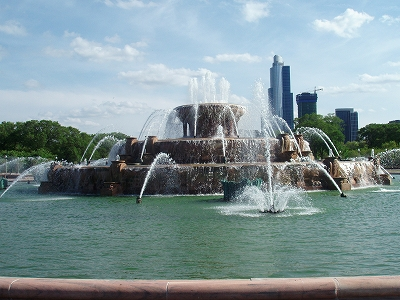 s-GrantPark_BuckinghamFountain2.jpg
