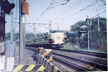 183系鎌倉臨2005。