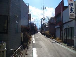 月江寺駅に向かう坂