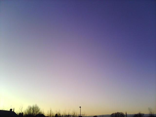 contrast sky2copy