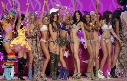 Victorias-Secret-Fashion-Show-2010_convert_20101211072017.jpg