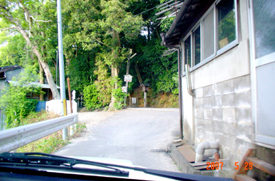 070529_04_omairi_04.jpg