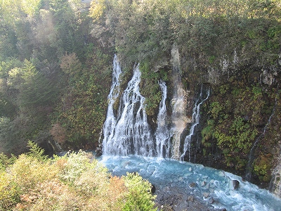 s-白ひげの滝