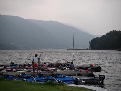 近所の湖(2008年9月6日)