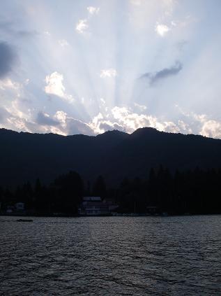 近所の湖(2008年9月14日)