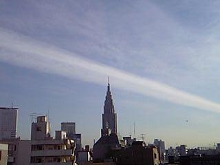 コレは・・・飛行機雲?