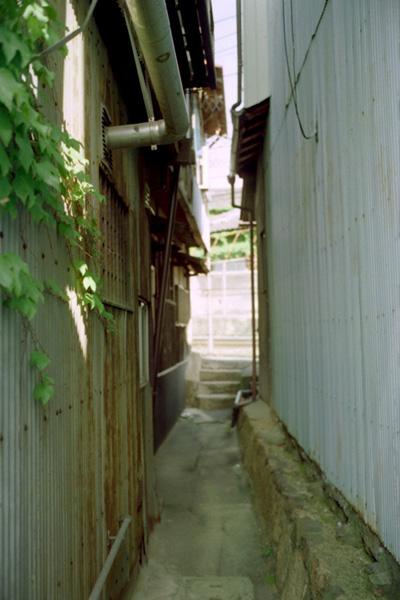 裏路地/橋本町