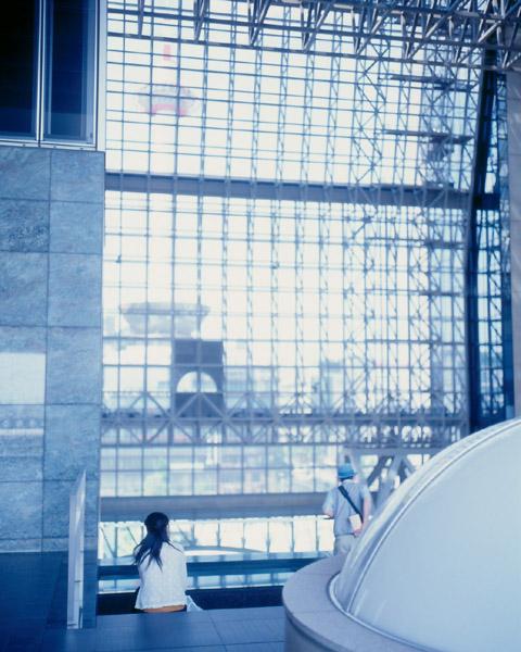 京都タワー遠望/京都駅ビル