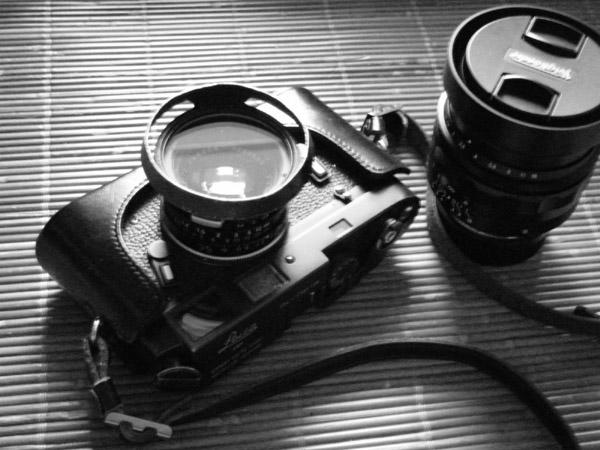 ライカM4ブラッククロームxズミルックス35mmF1.4