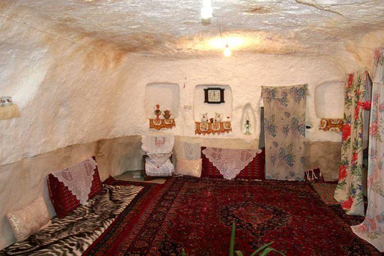 strange_village_in_afghanistan_16.jpg