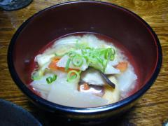 カブと残り野菜の味噌汁