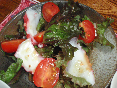 レタスとタコのサラダ