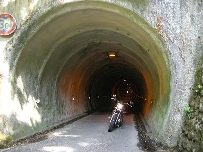 15:10トンネル