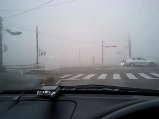 霧が・・・・(; ̄ー ̄川 アセアセ