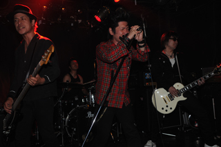 2009.6.1-新宿URGA-077