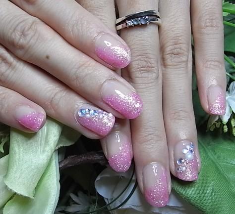 ピンクラメ斜めグラデ+ストーン