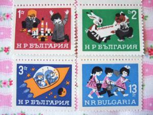 ブルガリアのこどもの日切手