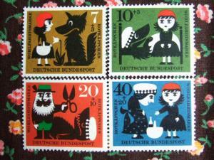 赤ずきんちゃん切手
