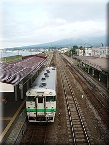 P727森駅