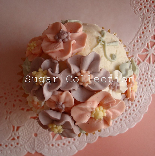 Flower Cup Cakes3