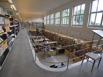 ストックホルム市立図書館 内部空間04