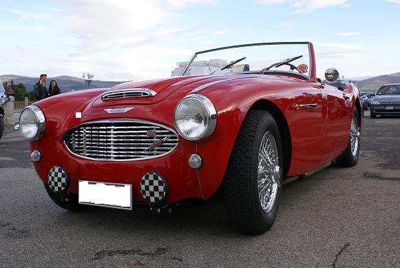austin healey_front angle