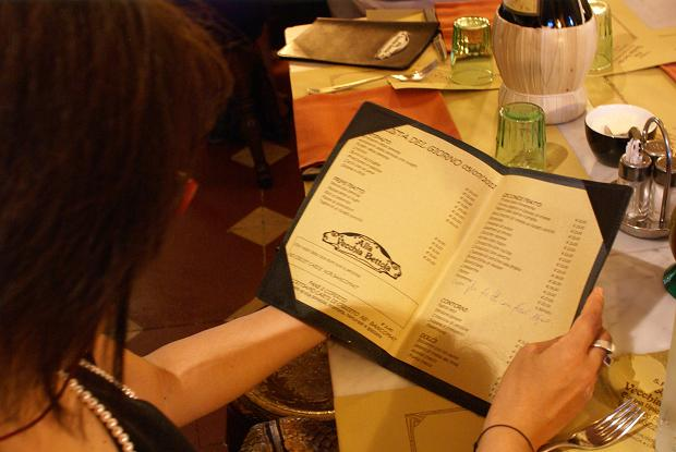 guardando menu