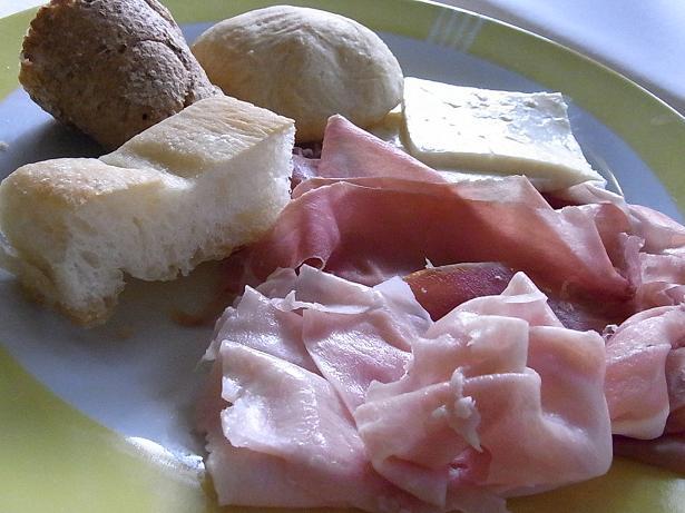 colazione_02_20110915171309.jpg