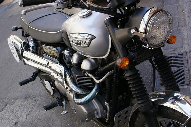 front_20110907155357.jpg