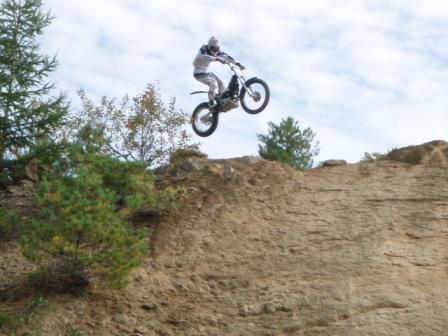 hill_jump.jpg