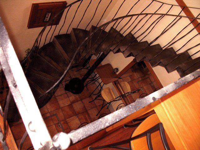 20110731-Cuccagna-Spiral-staircase.jpg