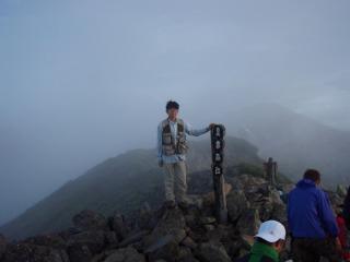 農鳥岳山頂
