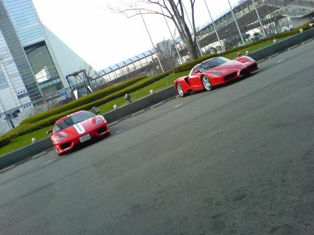 式場前のフェラーリ-1