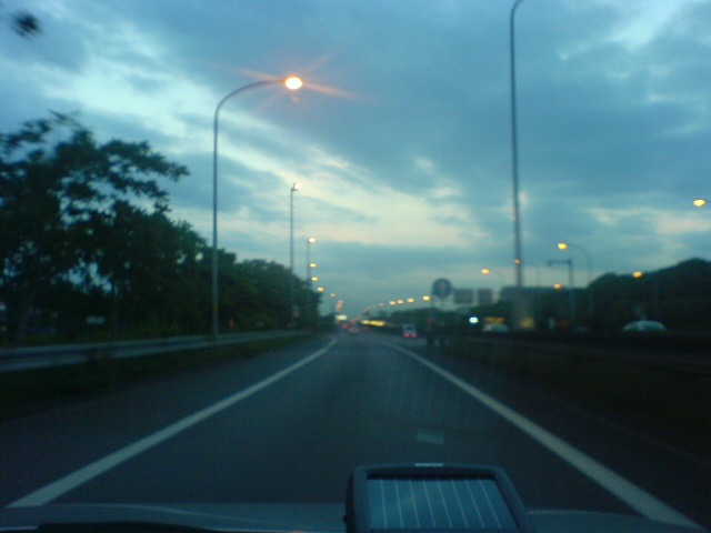 横浜に続く道